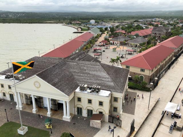 jamaica_port.jpg