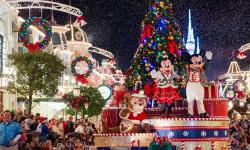 Mickey's Once Upon a Christmastime Parade - VIDEO